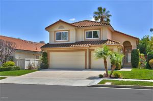 Photo of 438 FRESH MEADOWS Road, Simi Valley, CA 93065 (MLS # 218004620)