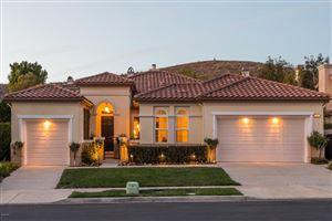 Photo of 3309 SUNSET HILLS Boulevard, Thousand Oaks, CA 91362 (MLS # 218002623)