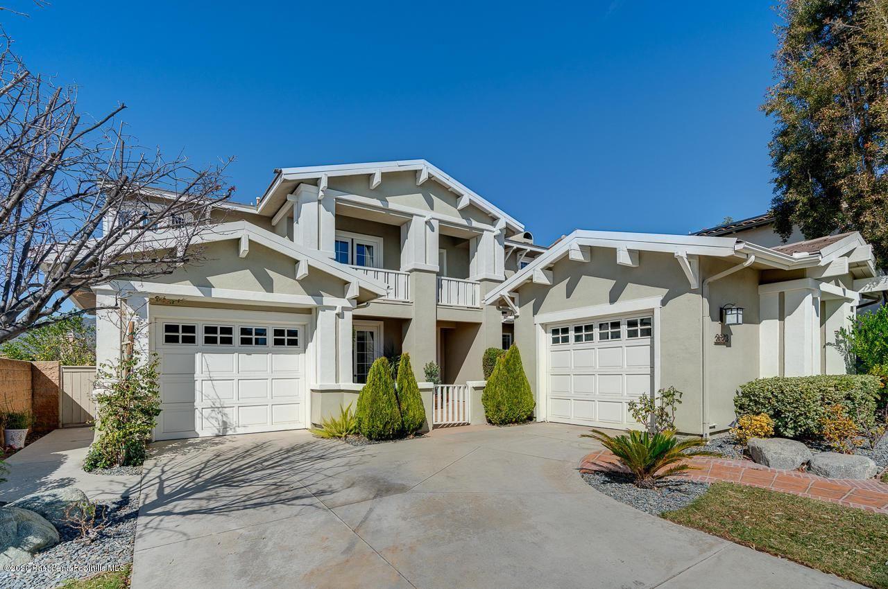 Photo of 3683 GIDDINGS RANCH Road, Altadena, CA 91001 (MLS # 820000624)