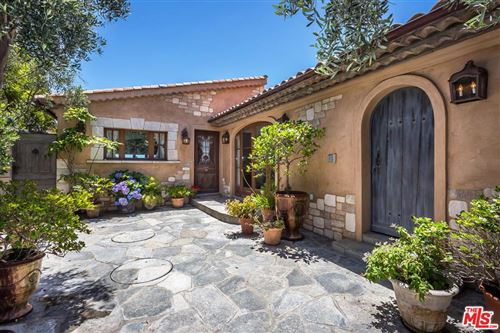 Photo of 21360 PACIFIC COAST Highway, Malibu, CA 90265 (MLS # 19485626)
