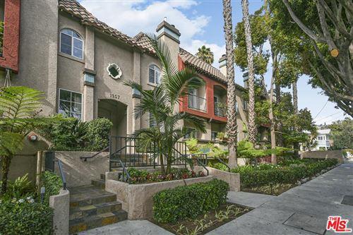 Photo of 1957 North BRONSON Avenue #117, Los Angeles , CA 90068 (MLS # 19529626)