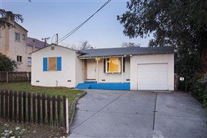 Photo of 3384 GLENROSE Avenue, Altadena, CA 91001 (MLS # 819000631)