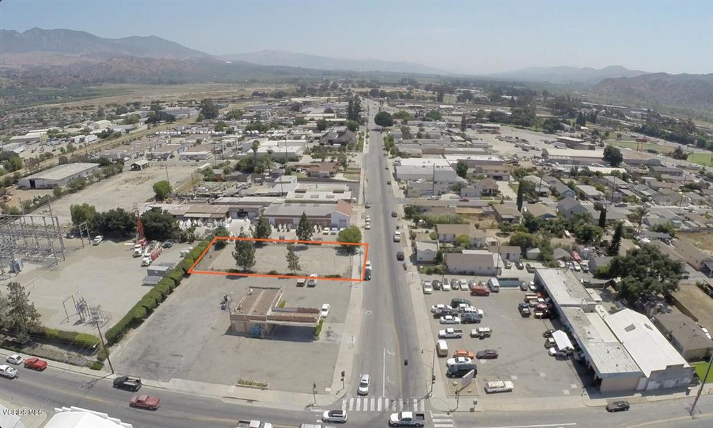 Photo for 1209 East MAIN Street, Santa Paula, CA 93060 (MLS # 218001632)