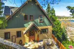 Photo of 28780 PALISADES Drive, Lake Arrowhead, CA 92352 (MLS # 18336640)