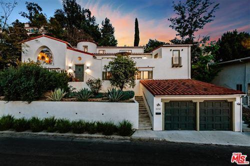 Photo of 3232 PRIMERA Avenue, Los Angeles , CA 90068 (MLS # 20546644)