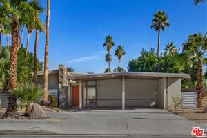 Photo of 210 North FARRELL Drive, Palm Springs, CA 92262 (MLS # 18305648)