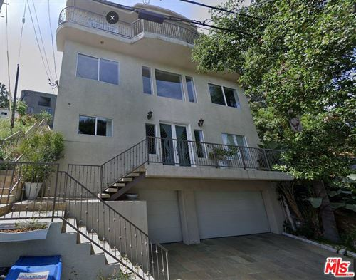 Photo of 2927 PARK CENTER Drive, Los Angeles , CA 90068 (MLS # 19531648)