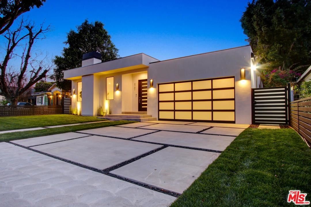 Photo of 4701 BURNET Avenue, Sherman Oaks, CA 91403 (MLS # 20547648)