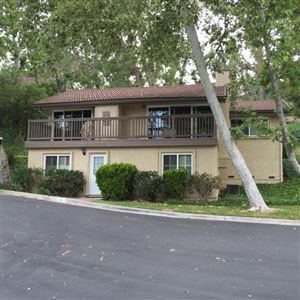 Photo of 19 MEADOWLARK Lane, Oak Park, CA 91377 (MLS # 218004651)