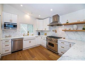 Photo of 22622 CASS Avenue, Woodland Hills, CA 91364 (MLS # SR18198651)