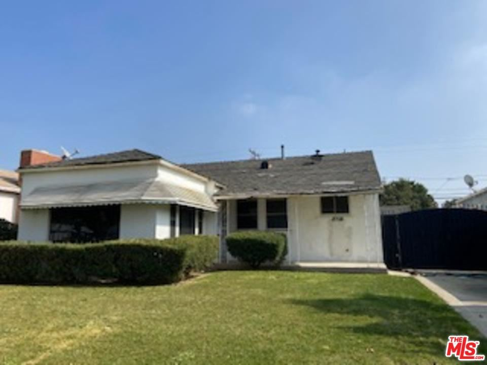 Photo of 8708 South 12TH Avenue, Inglewood, CA 90305 (MLS # 20555652)