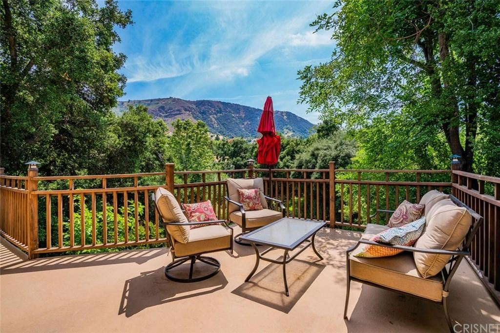 Photo for 21 HACKAMORE Lane, Bell Canyon, CA 91307 (MLS # SR19095653)
