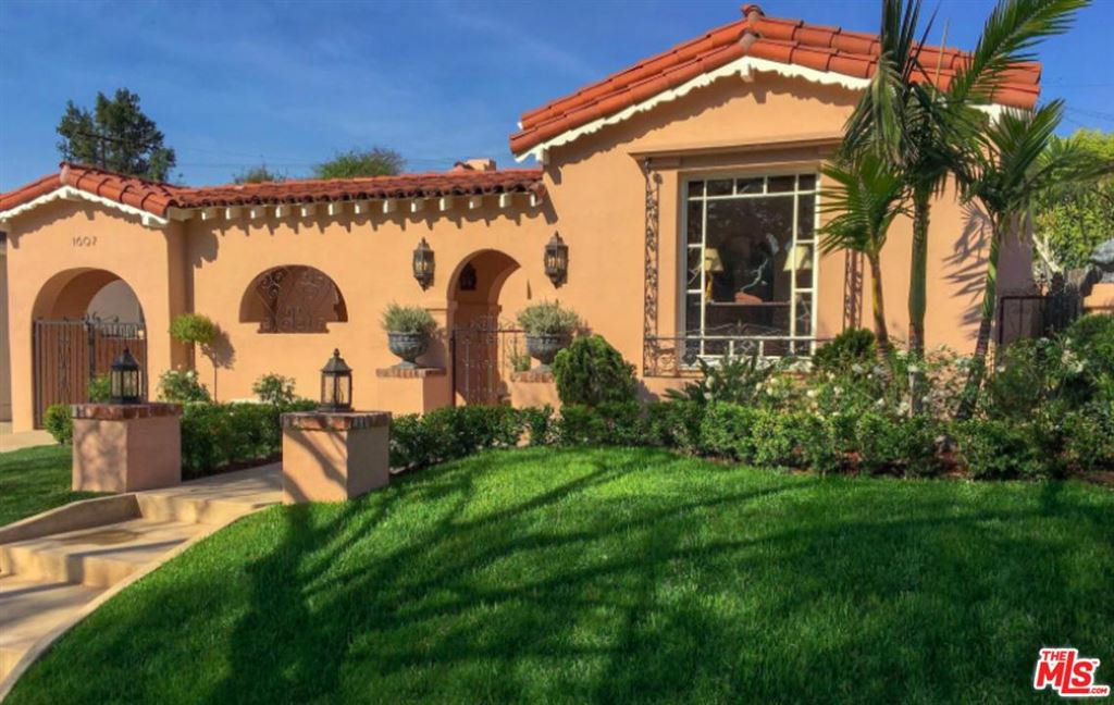 Photo for 1607 South OGDEN Drive, Los Angeles , CA 90019 (MLS # 18322654)