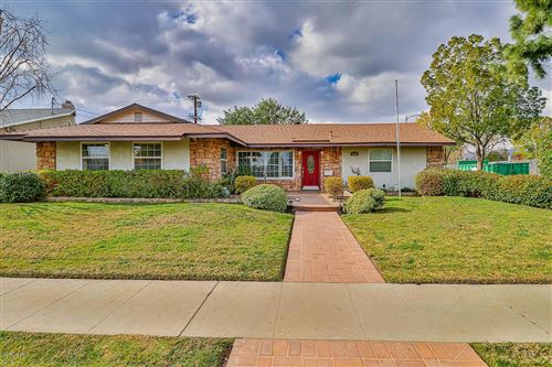Photo of 9679 KEOKUK Avenue, Chatsworth, CA 91311 (MLS # 220000655)