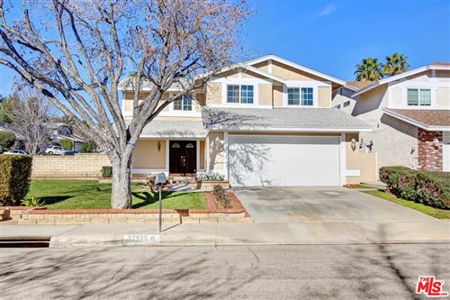 Photo of 27525 HYSSOP Lane, Saugus, CA 91350 (MLS # 20546656)
