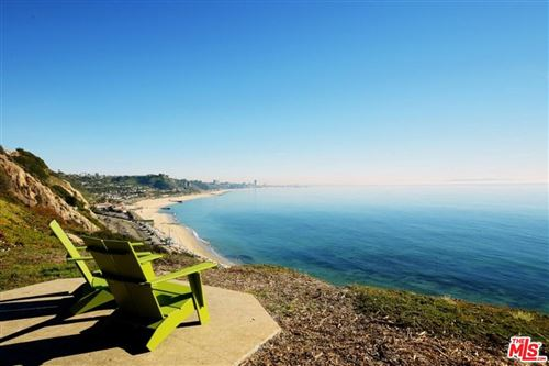 Photo of 17368 West SUNSET #103, Pacific Palisades, CA 90272 (MLS # 20560656)