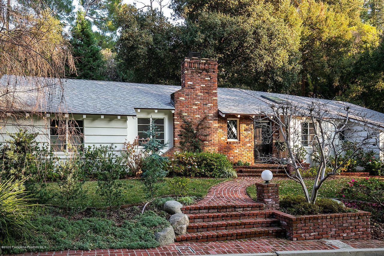 Photo of 1050 STONERIDGE Drive, Pasadena, CA 91105 (MLS # 820000659)