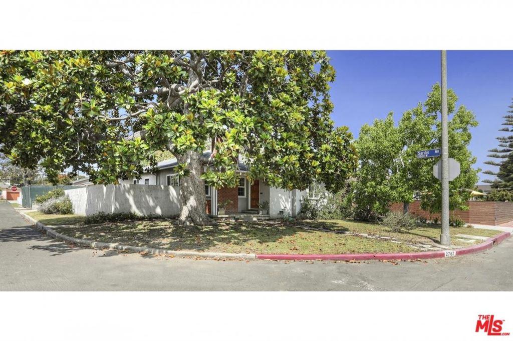 Photo for 2767 GRANVILLE Avenue, Los Angeles , CA 90064 (MLS # 18353662)