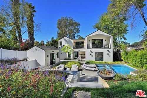 Photo of 5266 VANALDEN Avenue, Tarzana, CA 91356 (MLS # 19535666)