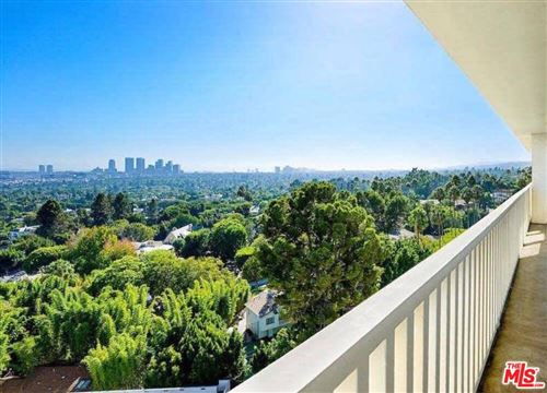 Photo of 9255 DOHENY Road #1004, West Hollywood, CA 90069 (MLS # 19520670)