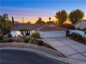 Photo of 400 AUTUMNWOOD Street, Thousand Oaks, CA 91360 (MLS # SR17256673)