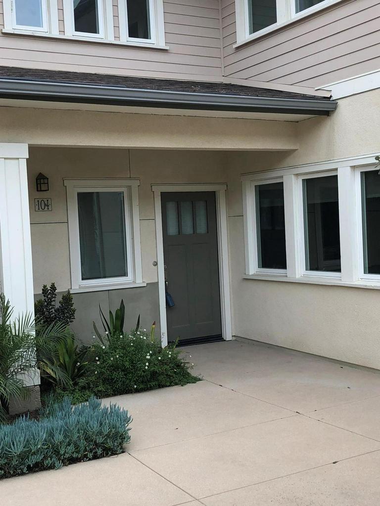 Photo for 11139 SNAPDRAGON Street #104, Ventura, CA 93004 (MLS # 218002673)