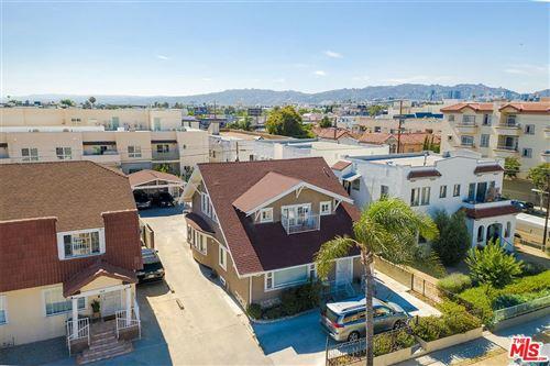 Photo of 553 North SERRANO Avenue, Los Angeles , CA 90004 (MLS # 19521674)