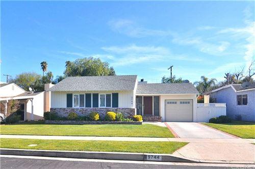 Photo of 5744 JAMIESON Avenue, Encino, CA 91316 (MLS # SR20015674)