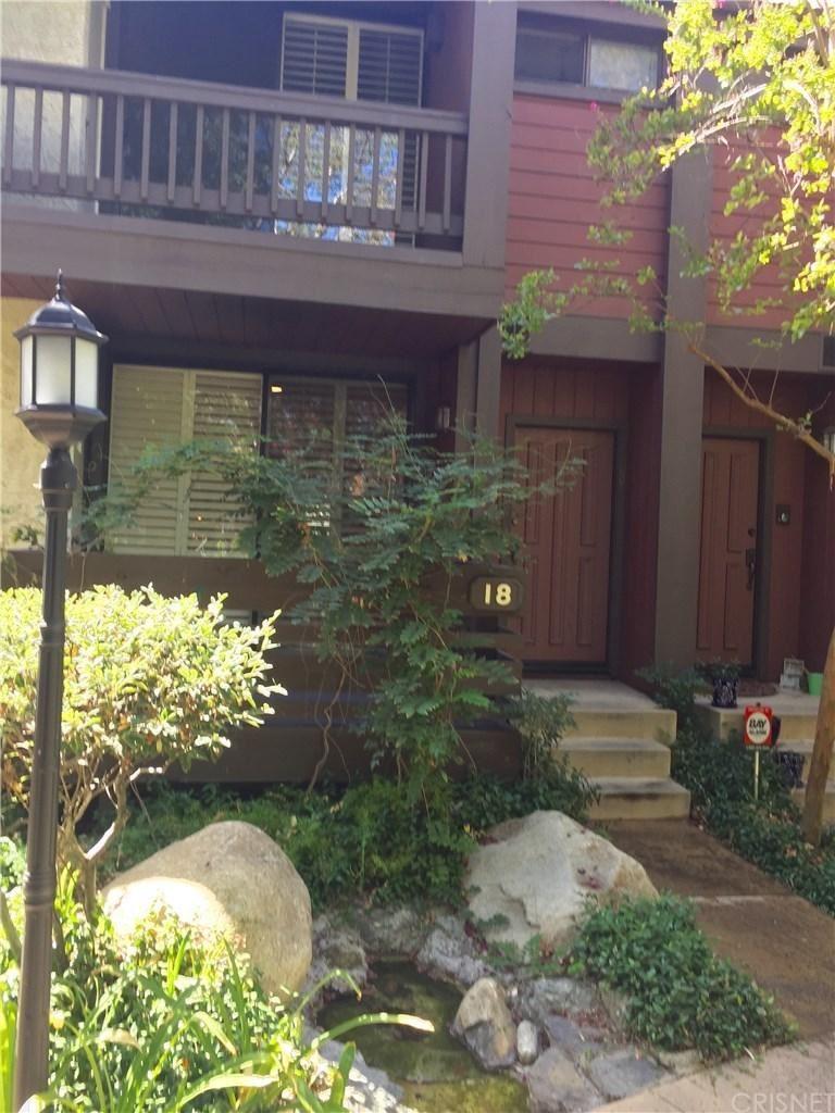 Photo for 21931 BURBANK Boulevard #18, Woodland Hills, CA 91367 (MLS # SR19215674)