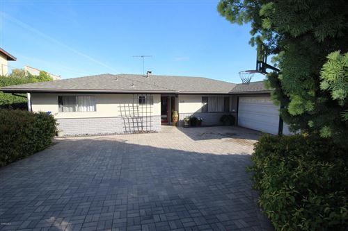 Photo of 525 MUNGER Drive, Santa Paula, CA 93060 (MLS # 220002676)