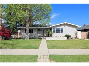 Photo of 6960 WOODLAKE Avenue, West Hills, CA 91307 (MLS # SR18117678)