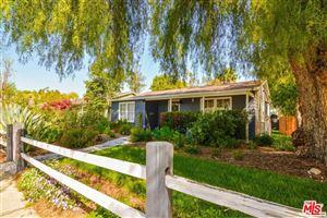 Photo of 21901 VELICATA Street, Woodland Hills, CA 91364 (MLS # 18332682)