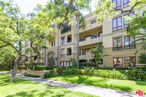 Photo of 411 North OAKHURST Drive #103, Beverly Hills, CA 90210 (MLS # 18373682)