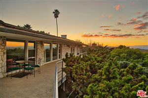Photo of 3018 PAULCREST Drive, Los Angeles , CA 90046 (MLS # 19498684)
