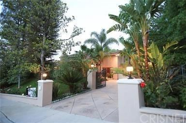 Photo of 23730 PARK BELMONTE, Calabasas, CA 91302 (MLS # SR20011690)