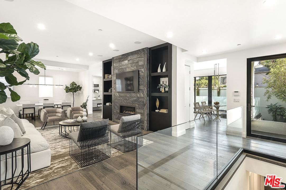 Photo of 732 North HUNTLEY Drive, West Hollywood, CA 90069 (MLS # 20541690)