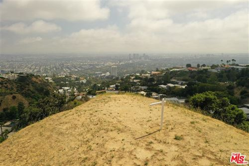 Photo of 2381 SUNSET PLAZA Drive, Los Angeles , CA 90069 (MLS # 19478692)