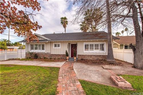 Photo of 15502 VALERIO Street, Van Nuys, CA 91406 (MLS # SR20019693)