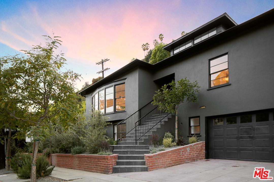 Photo of 2543 CANYON Drive, Los Angeles , CA 90068 (MLS # 20558694)