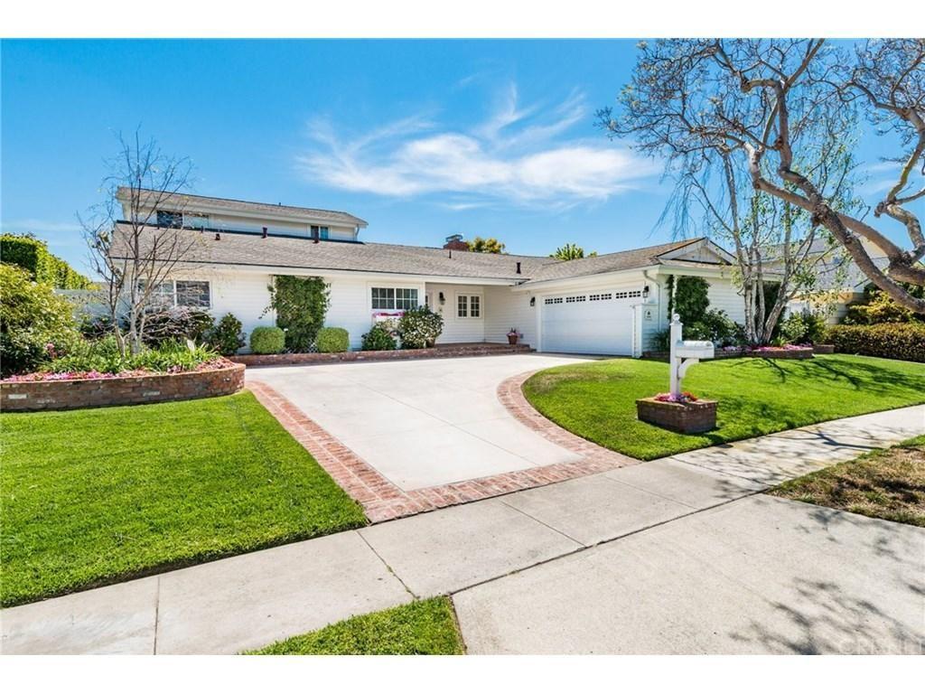 Photo for 1608 RUTH Lane, Newport Beach, CA 92660 (MLS # SR18108694)