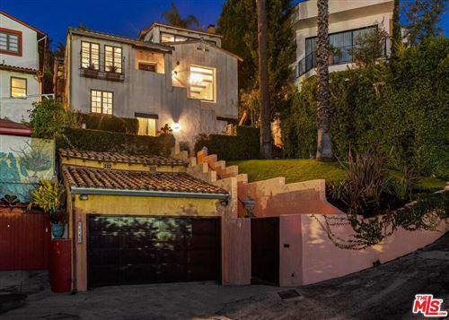 Photo of 8247 ROXBURY Road, Los Angeles , CA 90069 (MLS # 19528698)