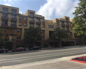 Photo of 201 East ANGELENO Avenue #323, Burbank, CA 91502 (MLS # 318000699)
