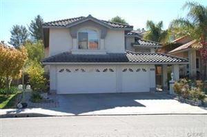 Photo of 28642 DAVID Way, Saugus, CA 91390 (MLS # SR18034699)