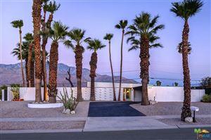 Photo of 1659 VIA ROBERTO MIGUEL, Palm Springs, CA 92262 (MLS # 17264506PS)