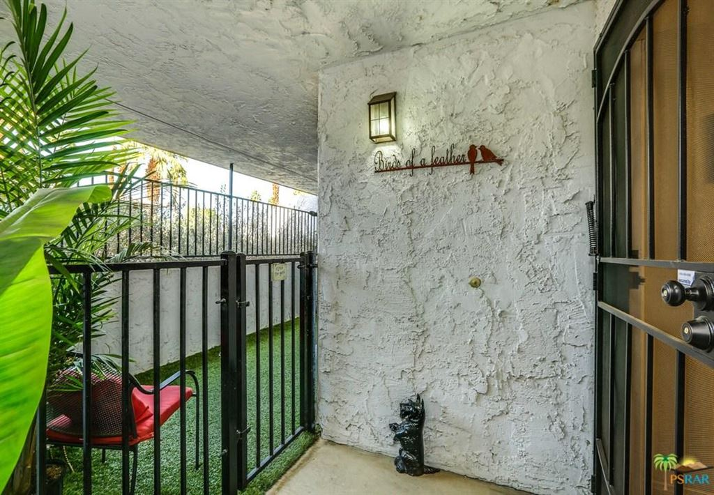 Photo for 5301 East WAVERLY Drive #145, Palm Springs, CA 92264 (MLS # 18302356PS)