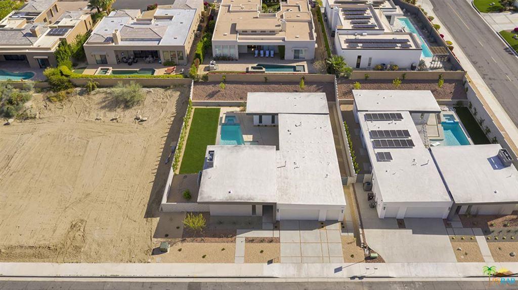 Photo of 73081 BEL AIR, Palm Desert, CA 92260 (MLS # 19491716PS)