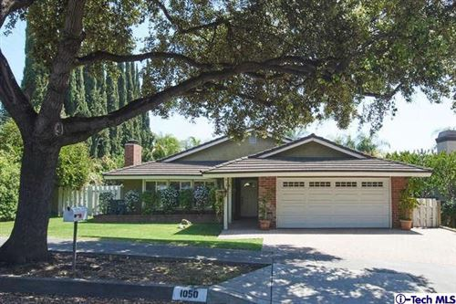 Photo of 1050 EL CABALLO Drive, Arcadia, CA 91006 (MLS # 319001700)