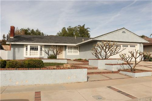 Photo of 4855 SUMMIT Avenue, Simi Valley, CA 93063 (MLS # SR20006700)