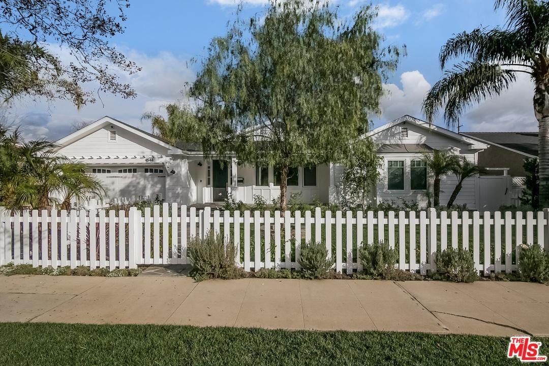 Photo of 4544 CAMELLIA Avenue, Studio City, CA 91602 (MLS # 20550700)