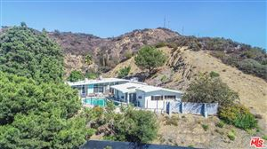 Photo of 3008 PAULCREST Drive, Los Angeles , CA 90046 (MLS # 18403702)